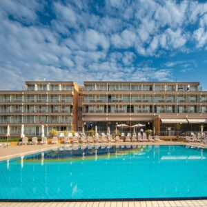 Hotel Arena Holiday***
