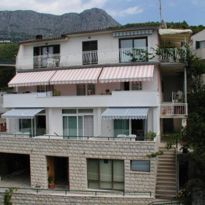 Villa Domjan***