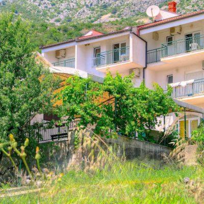 Villa Jelena***
