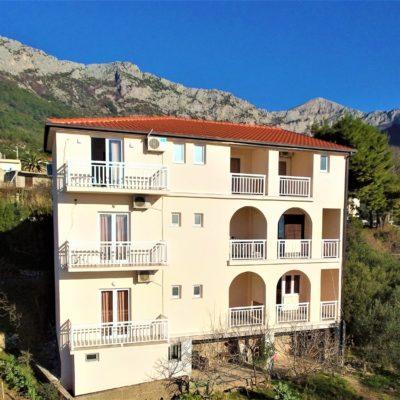 Villa Tina – Apartmány S Vlastním Stravováním***