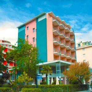 Hotel Mirage***