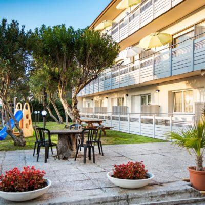 Villa Yachting – Týdenní Pobyty***