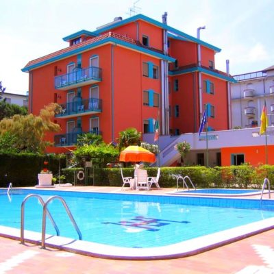 Hotel Altinate***