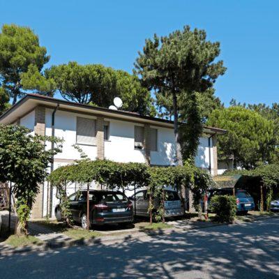 Villaggio Alemagna***