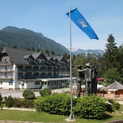 Hotel Jezero – Zvýhodněný Balíček (jaro/podzim)****