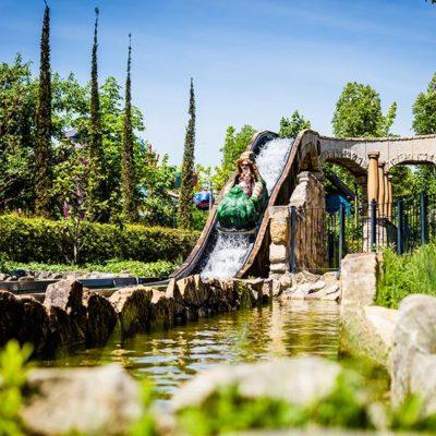 Koupání A Zábava U Neziderského Jezera
