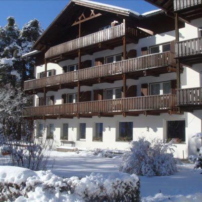 Hotel Perwanger – Pokoje***