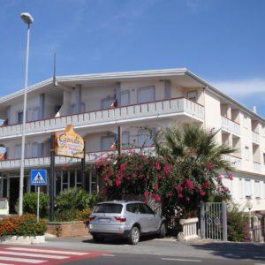 Hotel Gandhi****
