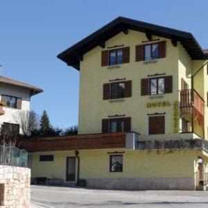 Hotel Aurora – Molveno***