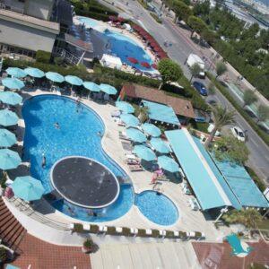 Resort Airone****