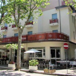 Hotel Arno**